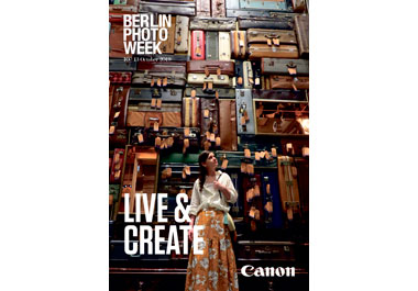 Plakat zur Berlin Photo Week mit Canon Logo