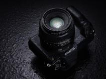 Die Fujifilm GFX100S ist spritzwassergeschützt
