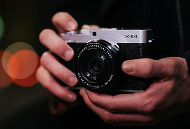 Fujifilm X-E4 Systemkamera.