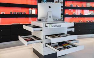 WhiteWall Produkte im Leica-Store