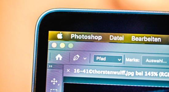 Smartphone-Ausschnitt mit Photoshop