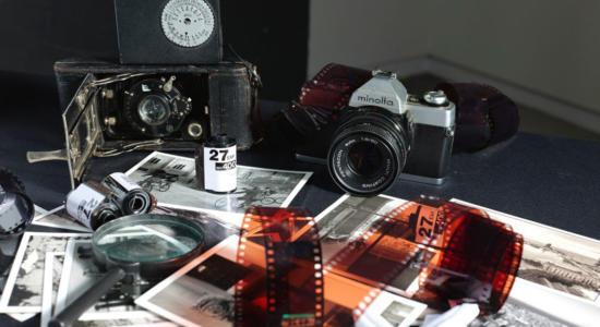 Demofoto Kamera mit Zubehör
